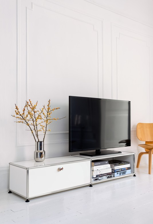 USM Plasma Unit | The art of giving, the joy of receiving! All I want is… a plasma stand that is elegant and functional!